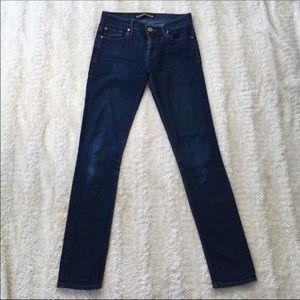 Express Sz 6 dark wash skinny mid rise jeans